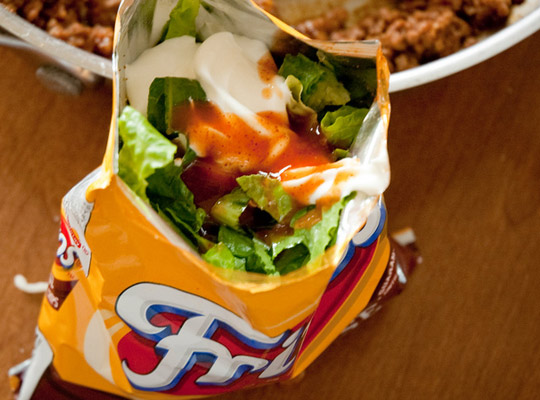p-walking-taco-with-fixins